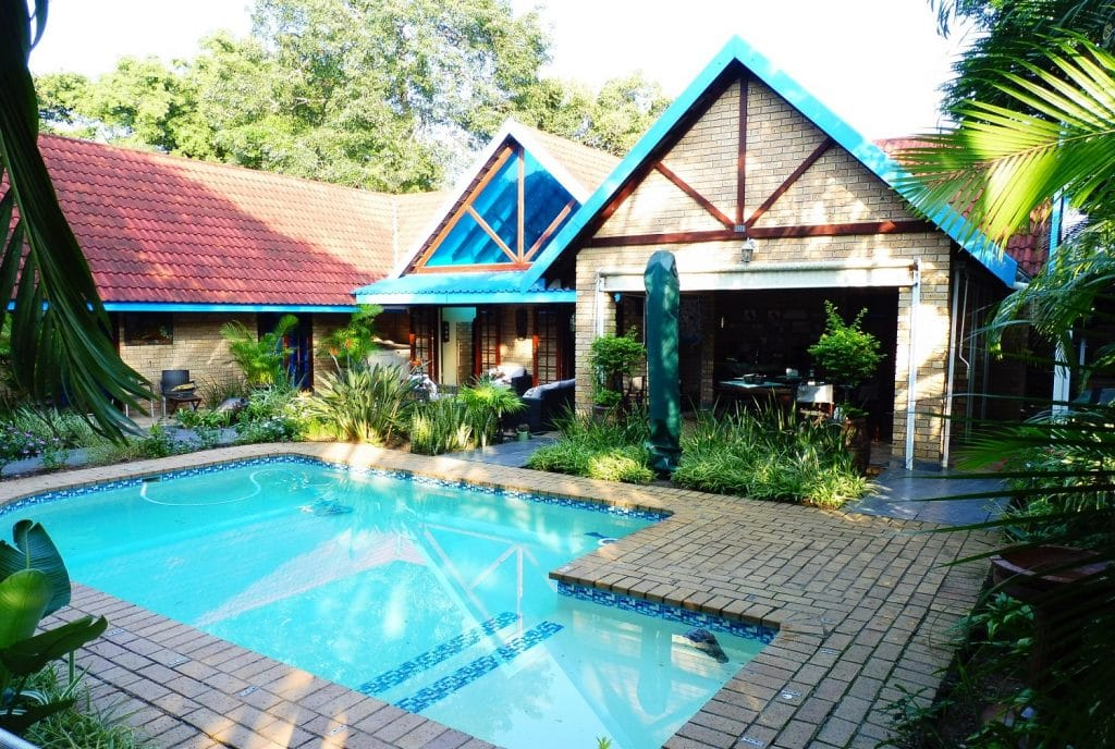 st-lucia-escape_holiday-house-1_pool