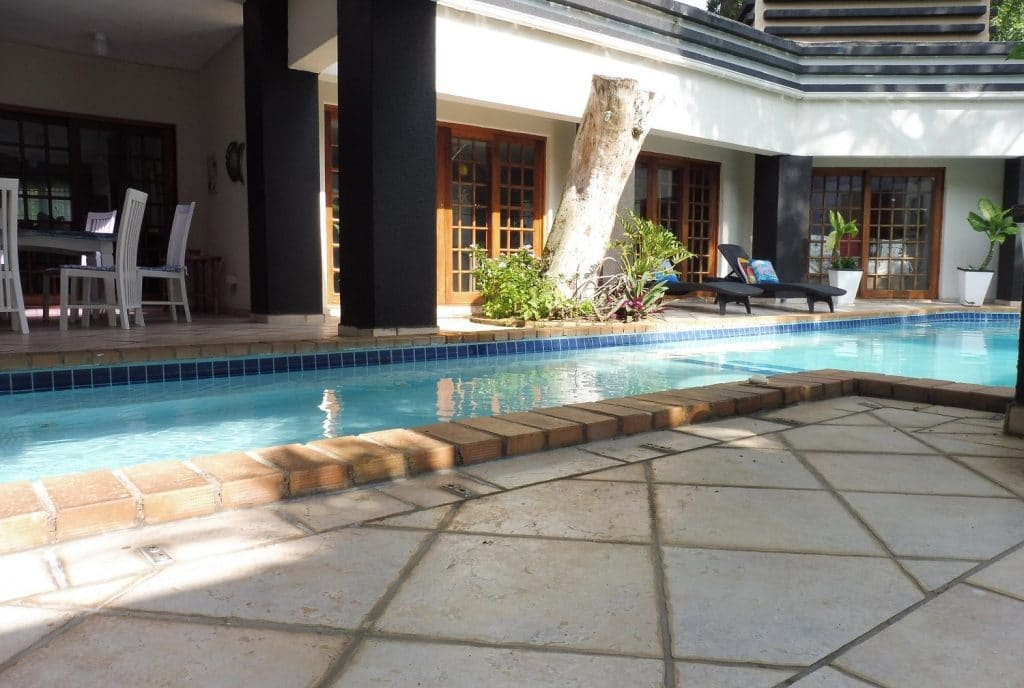 st-lucia-escape_holiday-house-1_pool2