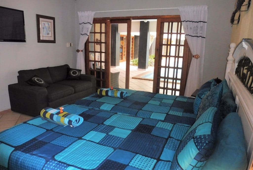 st-lucia-escape_holiday-house-2_bedroom1