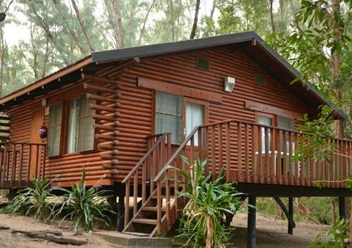 cape vidal log cabins
